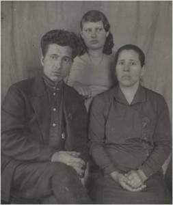 Лобузнова Ф. с родителями