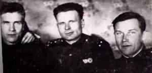 Зарюта Евстафий Абрамович, слева.xnbak