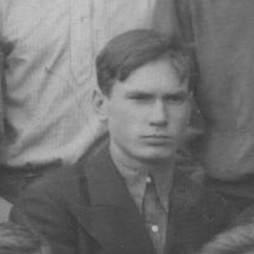 Дмитрий Голощапов 10 кл. 1937г.