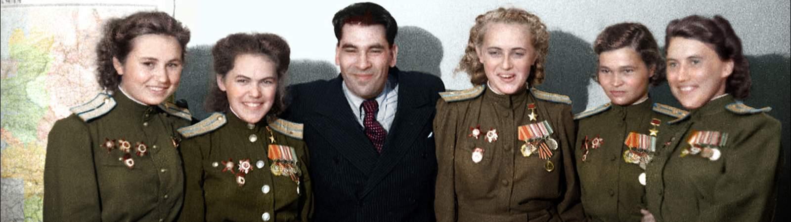 Советские летчицы