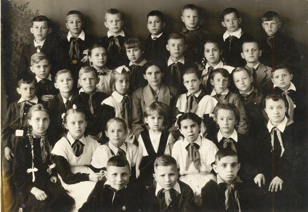 1960 3 в кл школа 16 Кемерово