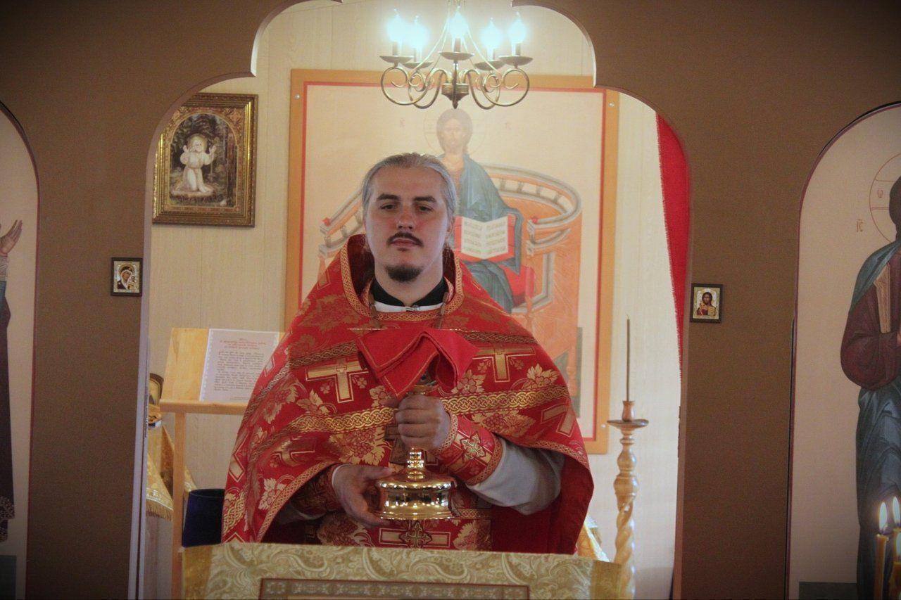 Настоятель прихода Роман Анкудинов
