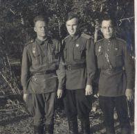 Бадяев Петр Иванович (слева)