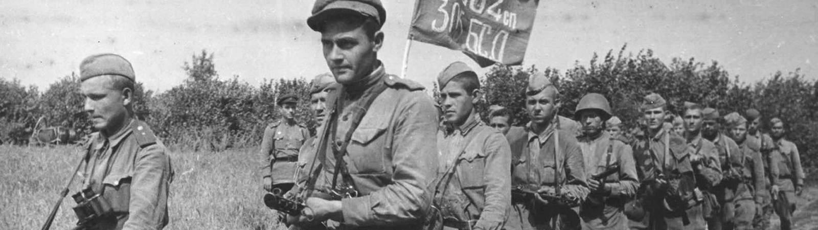 На марше стрелковая дивизия