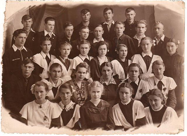 1956 год 10 б кл школа 16 Кемерово